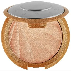 Becca Champagne Pop Collector's Edition